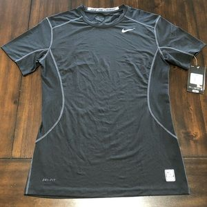 NWT NIKE PRO COMBAT DRI-FIT FITTED TRAINING SHIRT